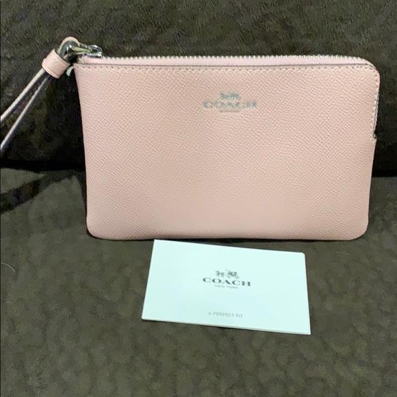 Coach Handbags - Authentic Coach wristlet excellent condition